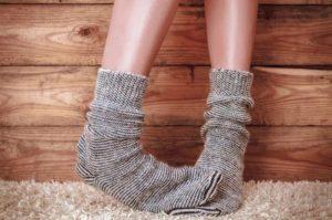 Почему мерзнут ноги?