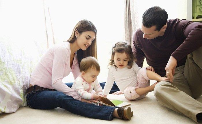 Что делать, если муж ревнует к ребенку
