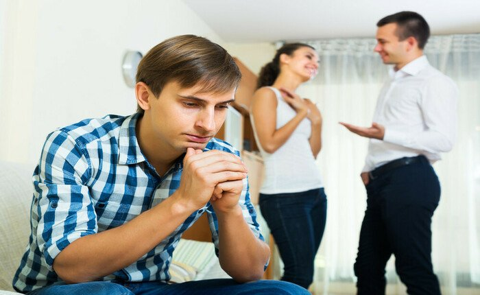 Что делать, если муж ревнует без повода